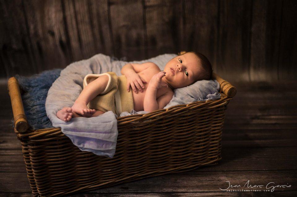 Une superbe séance bébé au studio à Carcassonne